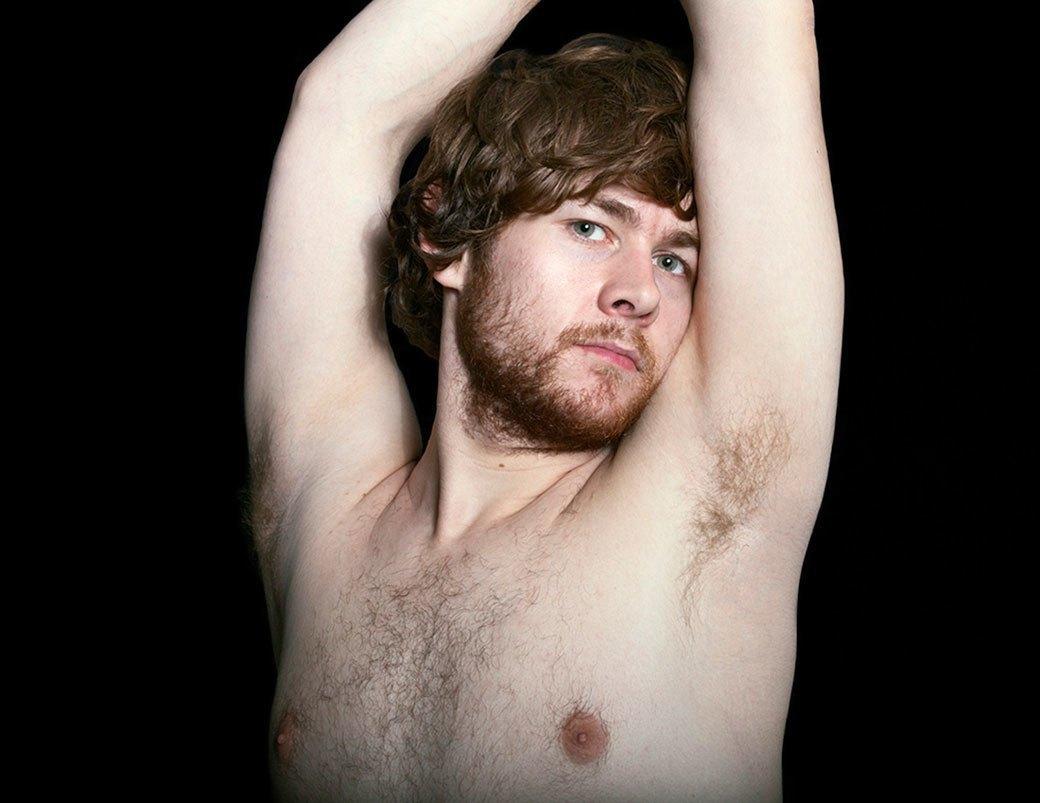 «Все ради тебя»:  29 мужчин в образе  экс-бойфренда. Изображение № 4.