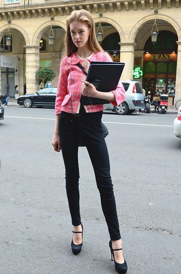 Неделя моды в Париже: Streetstyle. Изображение № 4.