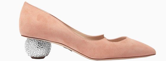 Туфли на низком каблуке: От простых до роскошных . Изображение № 10.