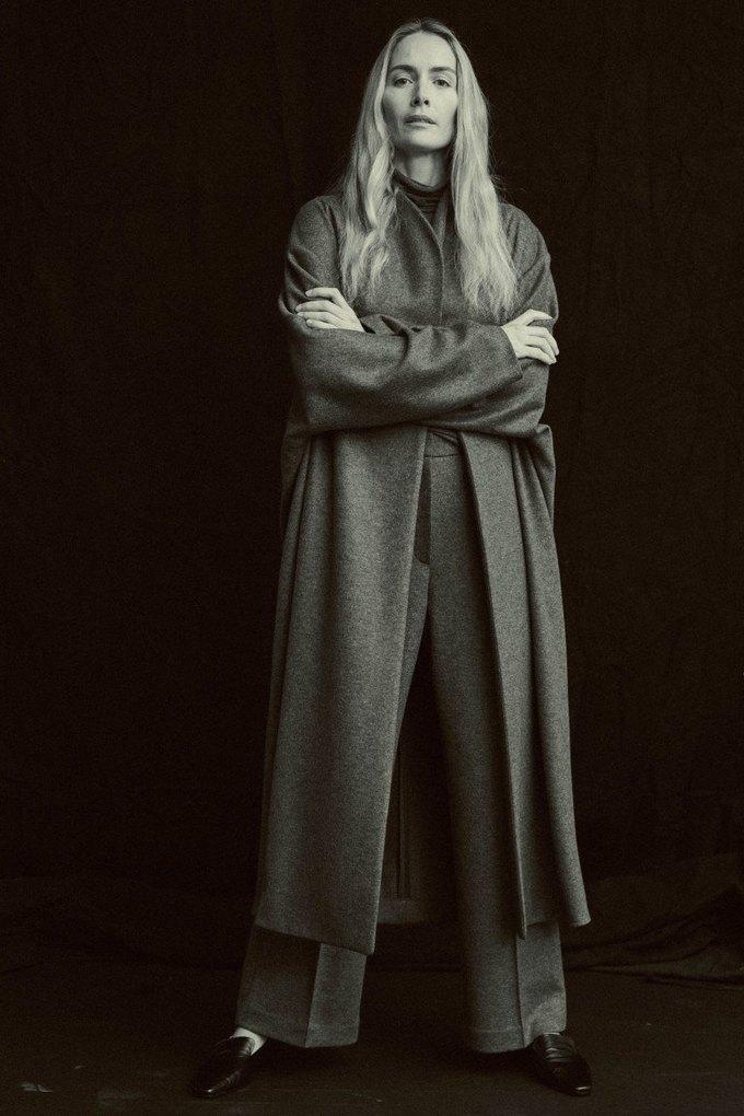 The Row показали лукбук  c 42-летней Джорджиной Гренвилл. Изображение № 4.