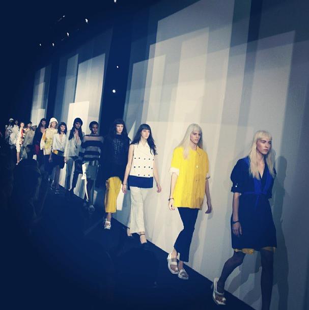 Прямой репортаж  с Paris Fashion Week:  День 5. Изображение № 19.