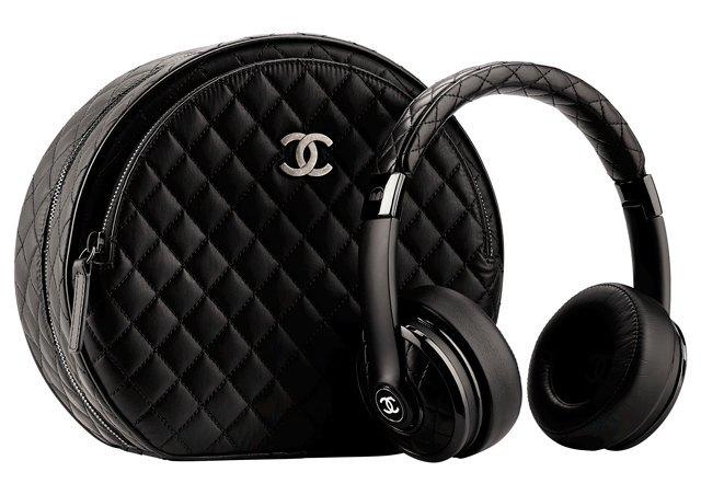 Chanel вслед за Dr. Dre сделали наушники на базе Monster. Изображение № 1.