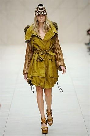 London Fashion Week: Показ Burberry Prorsum в Кенсингтонских садах. Изображение № 20.