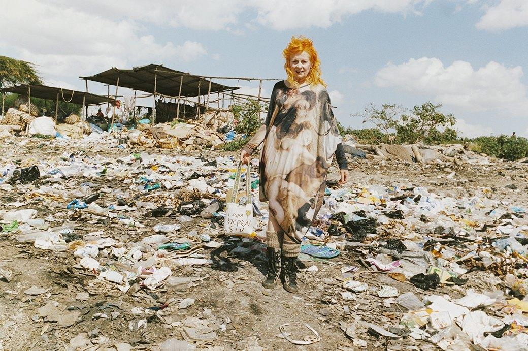 Не выходя на пенсию:  11 гранд-дам  современной моды. Изображение № 21.