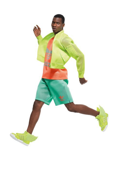 Неоновые цвета и крылья в лукбуке Джереми Скотта для adidas Originals. Изображение № 6.