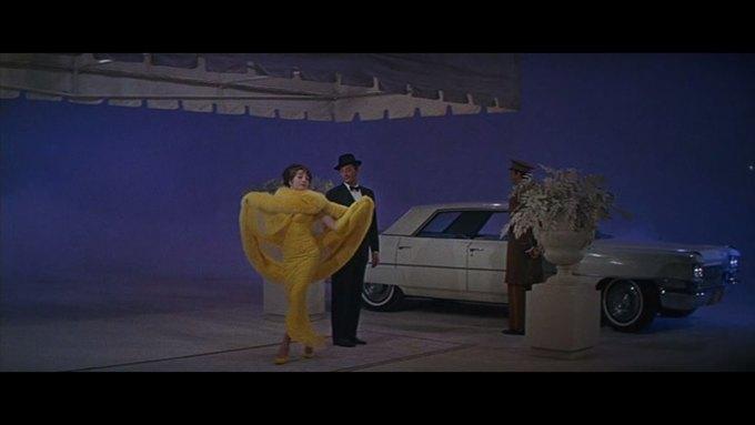 Что можно узнать о стиле  из комедии 60-х  «Что за путь!». Изображение № 12.