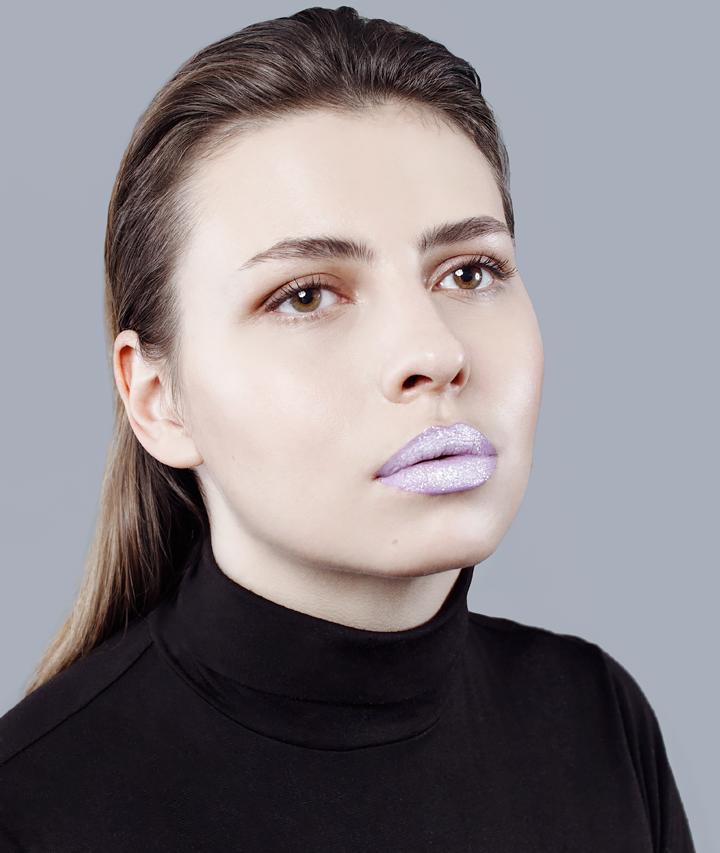 7 способов накрасить губы помадой. Изображение № 9.