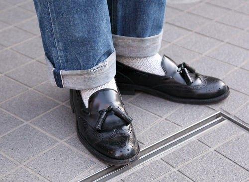 Красные шапки и бархатные ботинки на улицах Токио. Изображение № 3.