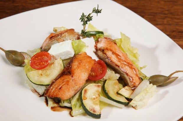 Тёплые салаты: 5 несложных рецептов. Изображение № 3.