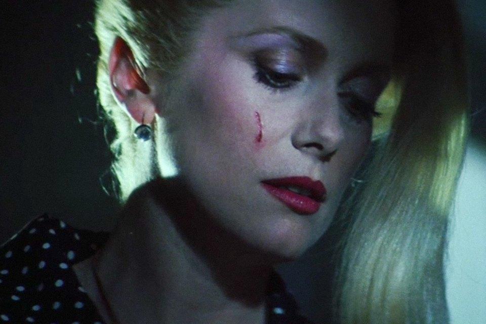 Вампирский нуар «Голод»: Гид по готике и моде 80-х. Изображение № 27.