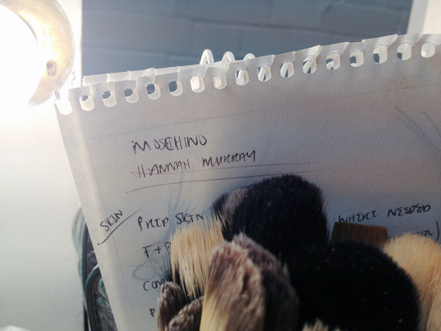 Бэкстейдж Moschino. Изображение № 29.