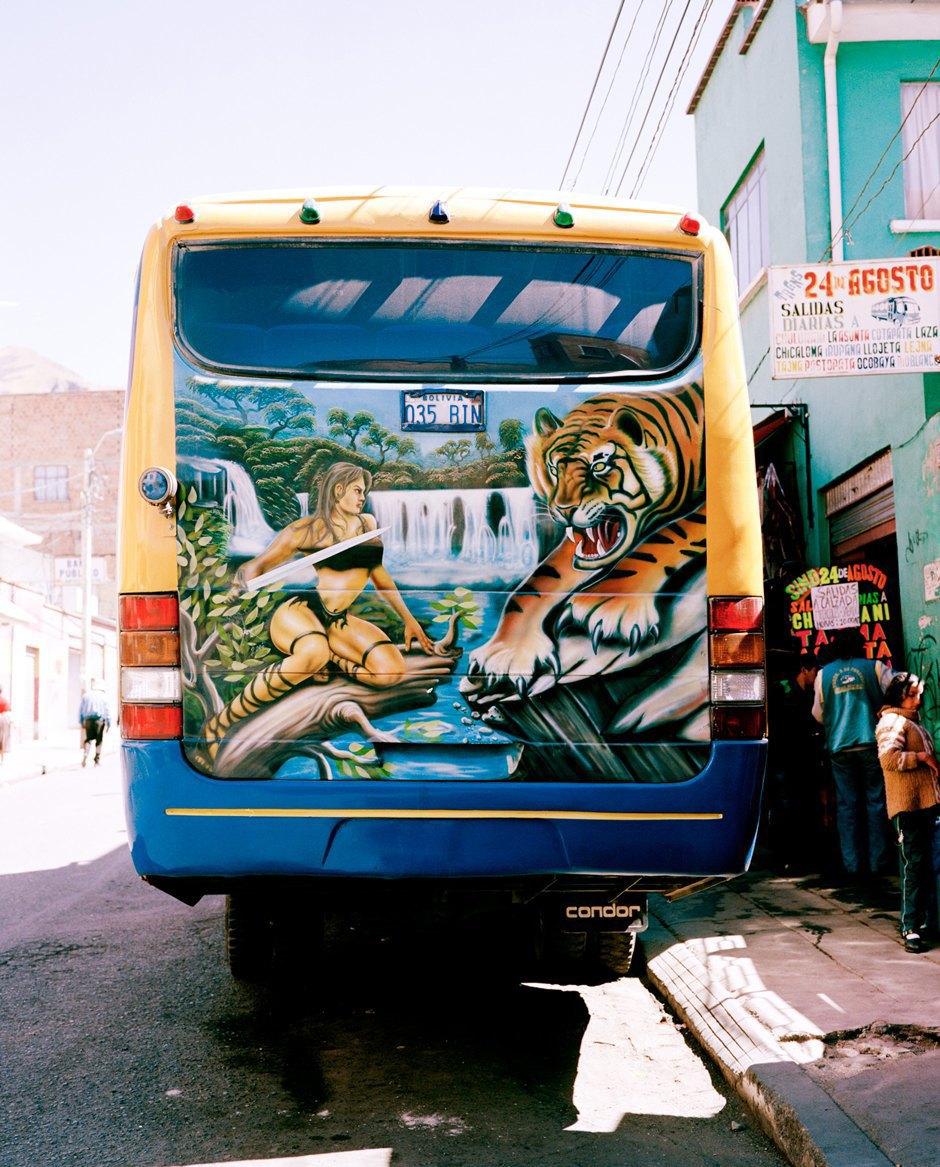 «Боливийские автобусы»:  Поп-культура на колесах. Изображение № 9.