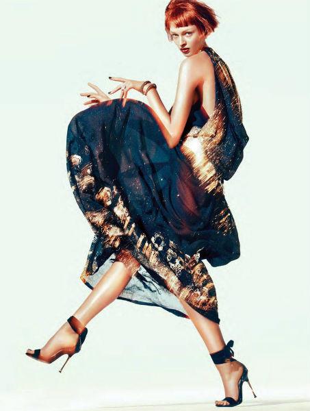Съёмка в немецком Vogue, январь 2012. Изображение № 66.