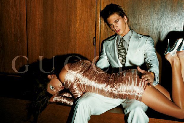 Рекламная кампания Gucci весна-лето — 2003. Изображение № 26.