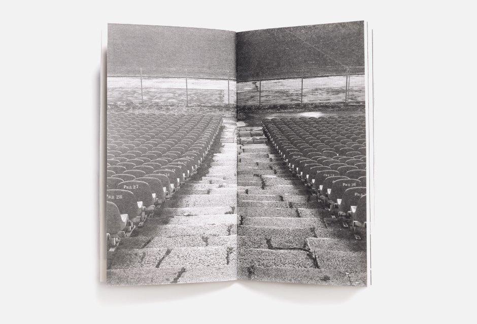 Печатный гид по Калининграду с показа Гоши Рубчинского. Изображение № 1.
