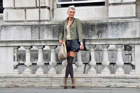 London Fashion Week: Уличный стиль, часть 2. Изображение № 3.