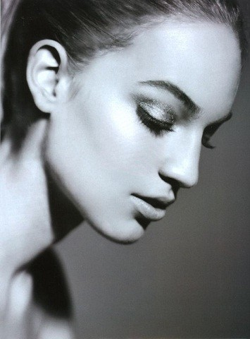Новые лица: Ванесса Аксенте. Изображение № 14.