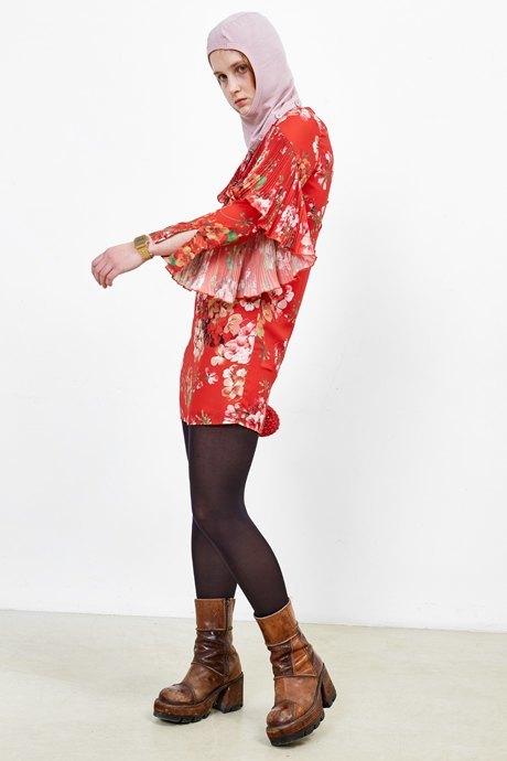 Художница Марина Колушова о любимых нарядах. Изображение № 28.
