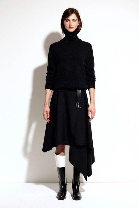 Пальто и костюмы в лукбуке новой коллекции Michael Kors. Изображение № 16.