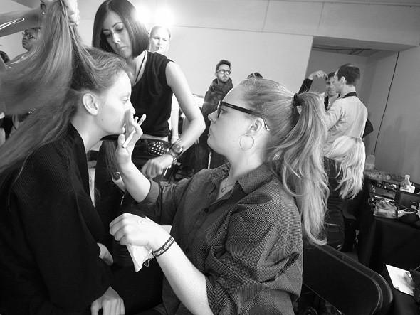 London Fashion Week: Репортаж с бэкстейджей House of Holland и Vivienne Westwood. Изображение № 11.