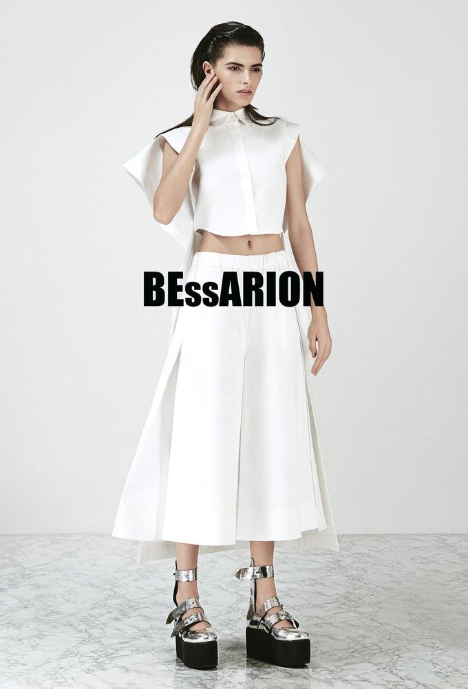 Белый и пейсли в новой коллекции Bessarion. Изображение № 40.