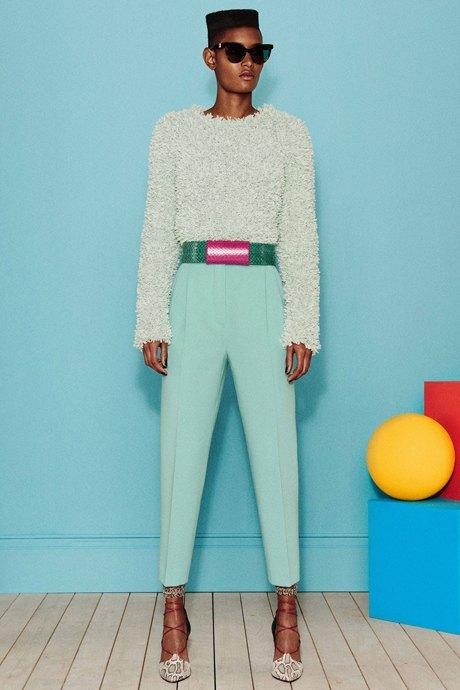 Как одеться в стиле 80-х: 10 актуальных образов. Изображение № 13.