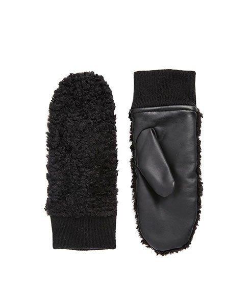 Что покупать зимой: Теплые и красивые вещи. Изображение № 8.