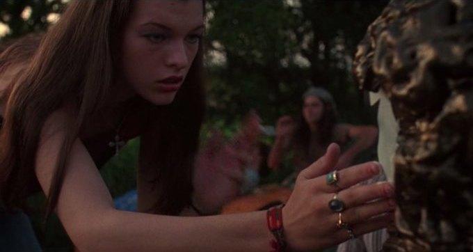 Что можно узнать о стиле 70-х из фильма «Под кайфом и в смятении». Изображение № 56.