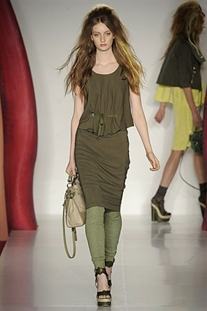 London Fashion Week: Jonathan Saunders и Mulberry. Изображение № 18.