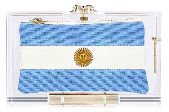 Charlotte Olympia создали коллекцию клатчей  к чемпионату мира. Изображение № 4.