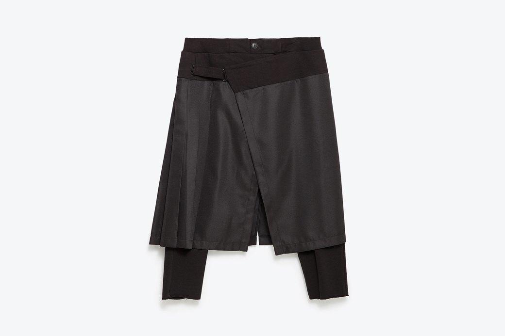 Мужские брюки  с накладной юбкой Zara. Изображение № 2.