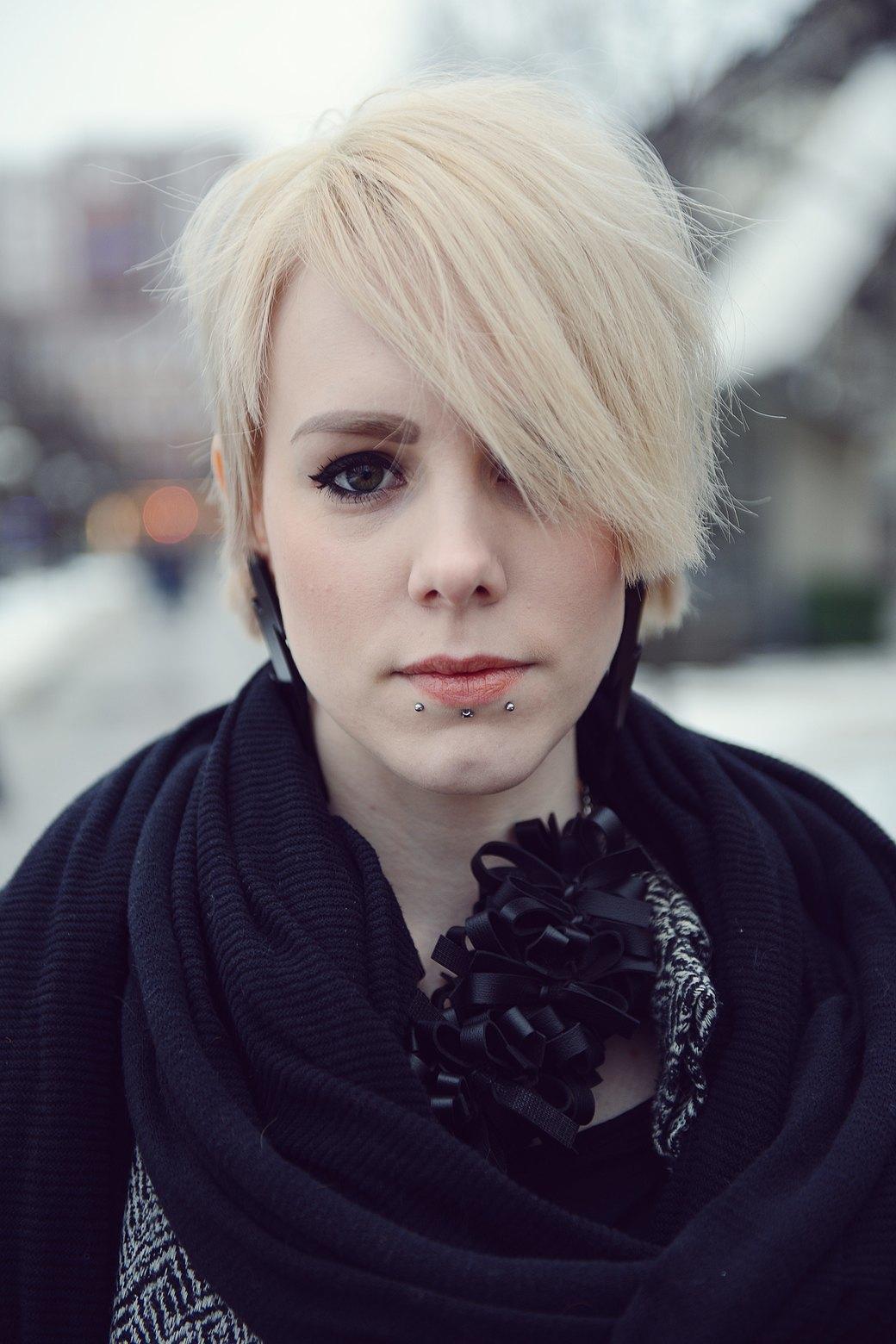 Шубы и горох на Stockholm Fashion Week. Изображение № 21.