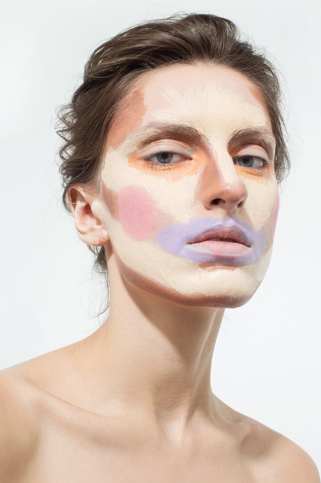 Сердцевидная и V-треугольная форма лица: стрижки и прически
