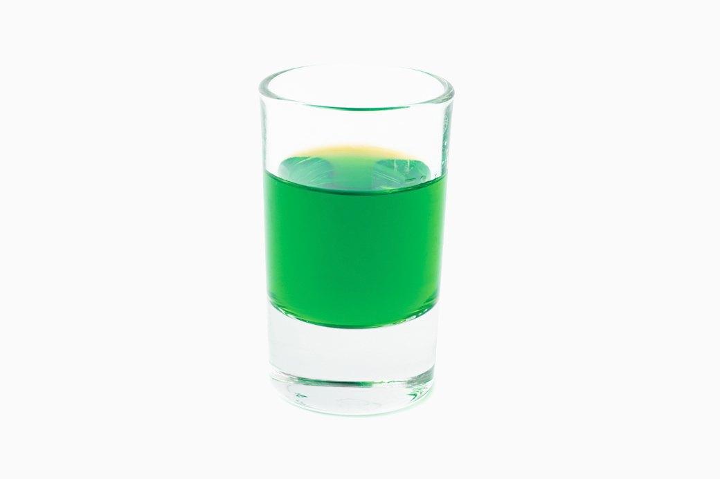 Напитки покрепче  и покороче: 10 рецептов  согревающих шотов. Изображение № 5.