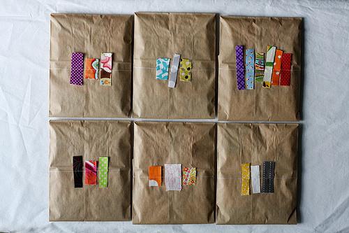 55 идей для упаковки новогодних подарков. Изображение № 123.