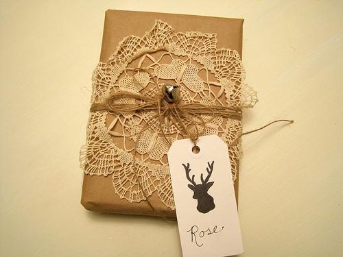 55 идей для упаковки новогодних подарков. Изображение № 44.