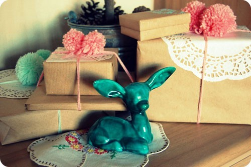 55 идей для упаковки новогодних подарков. Изображение № 24.