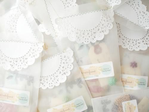 55 идей для упаковки новогодних подарков. Изображение № 40.