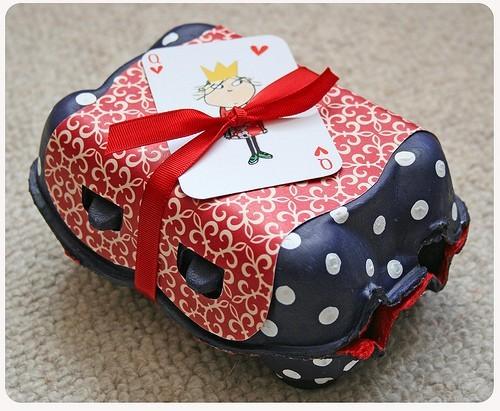 55 идей для упаковки новогодних подарков. Изображение № 121.