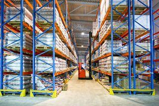 Виды стеллажей для складов - как выбрать?