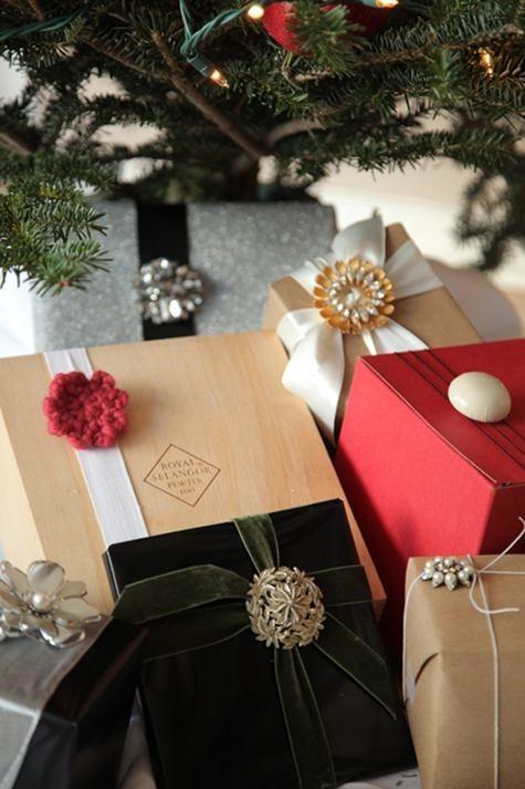 55 идей для упаковки новогодних подарков. Изображение № 14.