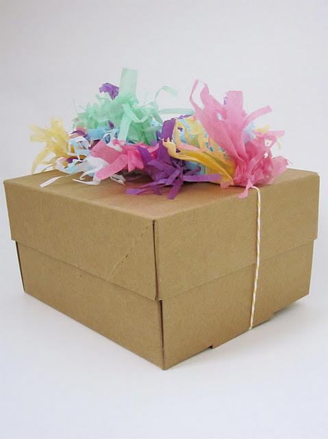 55 идей для упаковки новогодних подарков. Изображение № 127.