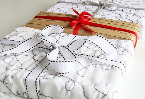 55 идей для упаковки новогодних подарков. Изображение № 113.
