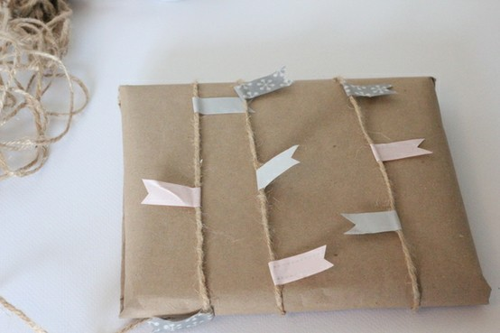 55 идей для упаковки новогодних подарков. Изображение № 89.