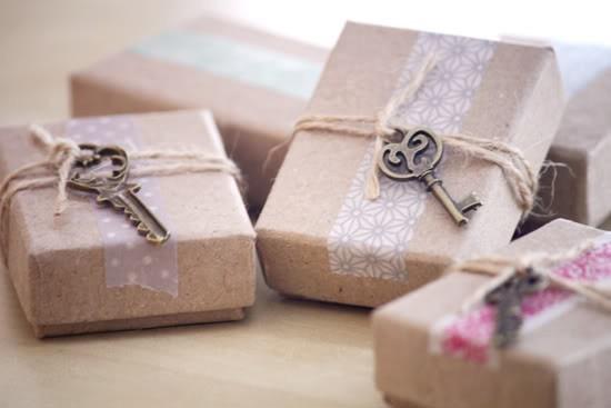55 идей для упаковки новогодних подарков. Изображение № 12.