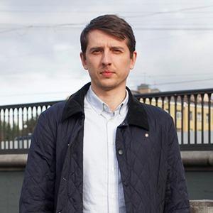 Внешний вид: Александр Клыпин, сотрудник Volga Volga Brand Identity  — Внешний вид на The Village