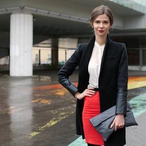 Внешний вид: Наталья Чевалкова, директор по рекламе ИД «Афиша» — Внешний вид на The Village