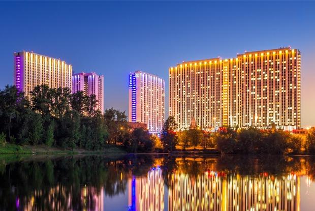 Ночь в отеле: Редакция The Village ищет лучшую гостиницу Москвы