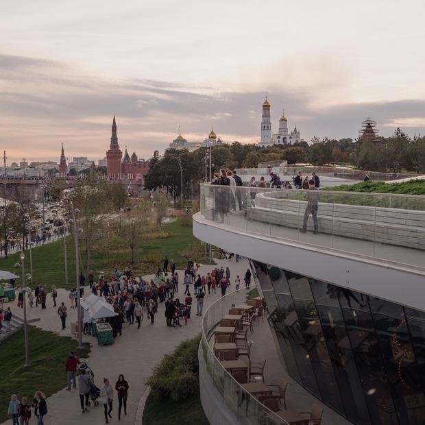«Зарядье» — главный подарок Путина Москве — Фоторепортаж на The Village