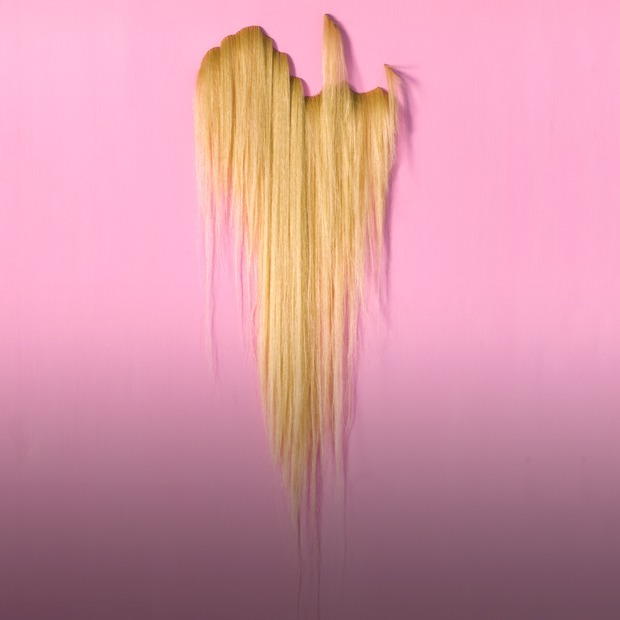 Первый сеанс в Garage Screen, канун Вальпургиевой ночи и выставка «Моя прелесть. Волосы» — Выходные в городе на The Village